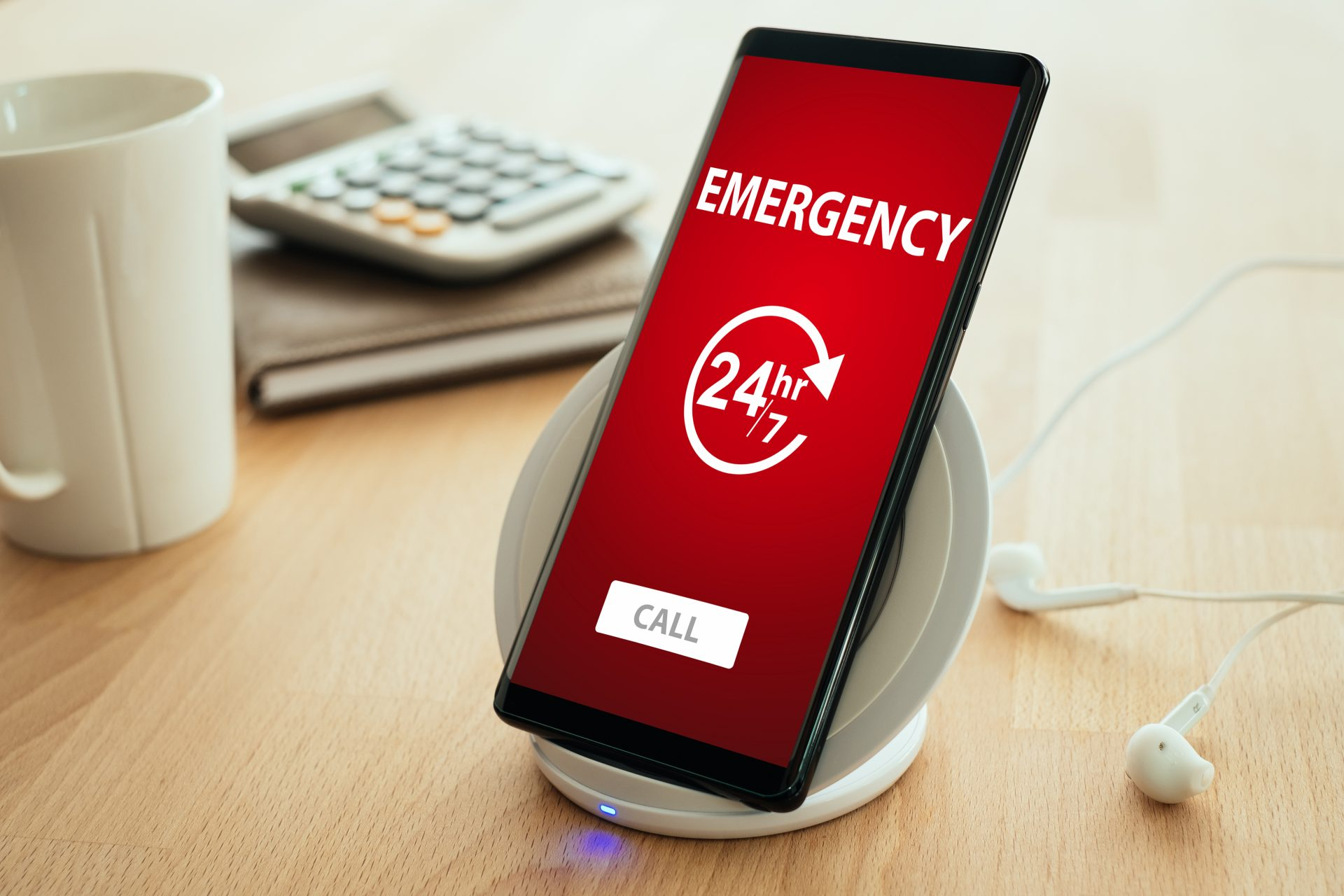 Emergency hotline, acceptance of faulty equipment, deadlines for maintenance & commissioning