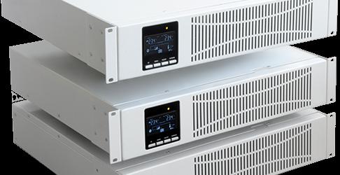 USV 1 - 3 kW RT Industrie (unten: 3 kw-Ausführung mit Batteriepack)